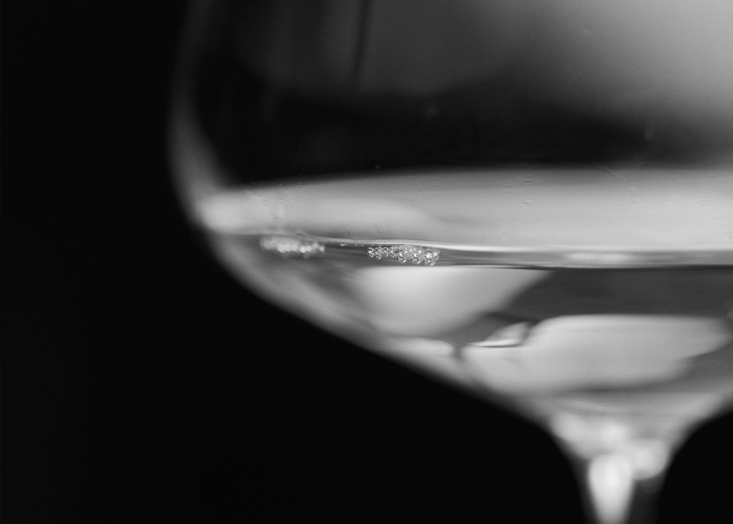 Bubbles: the Classic or Champenoise Method